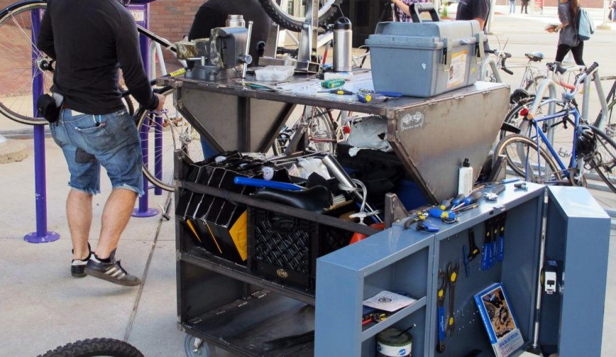 bike repair equipment